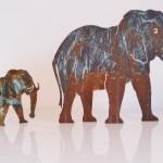 Elefant mit Bronze  10cm Höhe 18,-  20cm Höhe 39,-