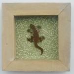 18. Gecko im Holzrahmen, Tapete 29,-