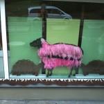 Naomi, Schaf mit Federwolle, 100cm h.  500,-