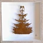 92. fliegender Tannenbaum im Holzrahmen 32,-